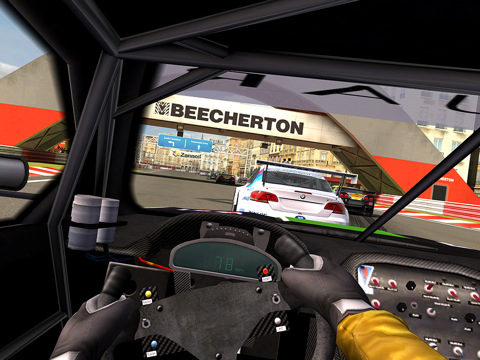 Real Racing 2 HD on HVGA 320x480  and QVGA  240x320  All Android