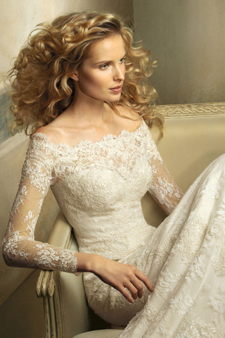 Wedding on Wedding Dresses 2012 Advance Collection 4 1 App For Ipad  Iphone