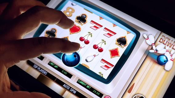 Abcon Bowling FREE Slots - Bowling Gamble Chip Game bowling equipment auction